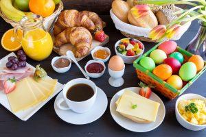 Tipps und Rezepte für den Osterbrunch mit Kindern
