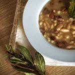 So gelingt Ihnen Fregola-Suppe mit Kichererbsen aus Sardinien