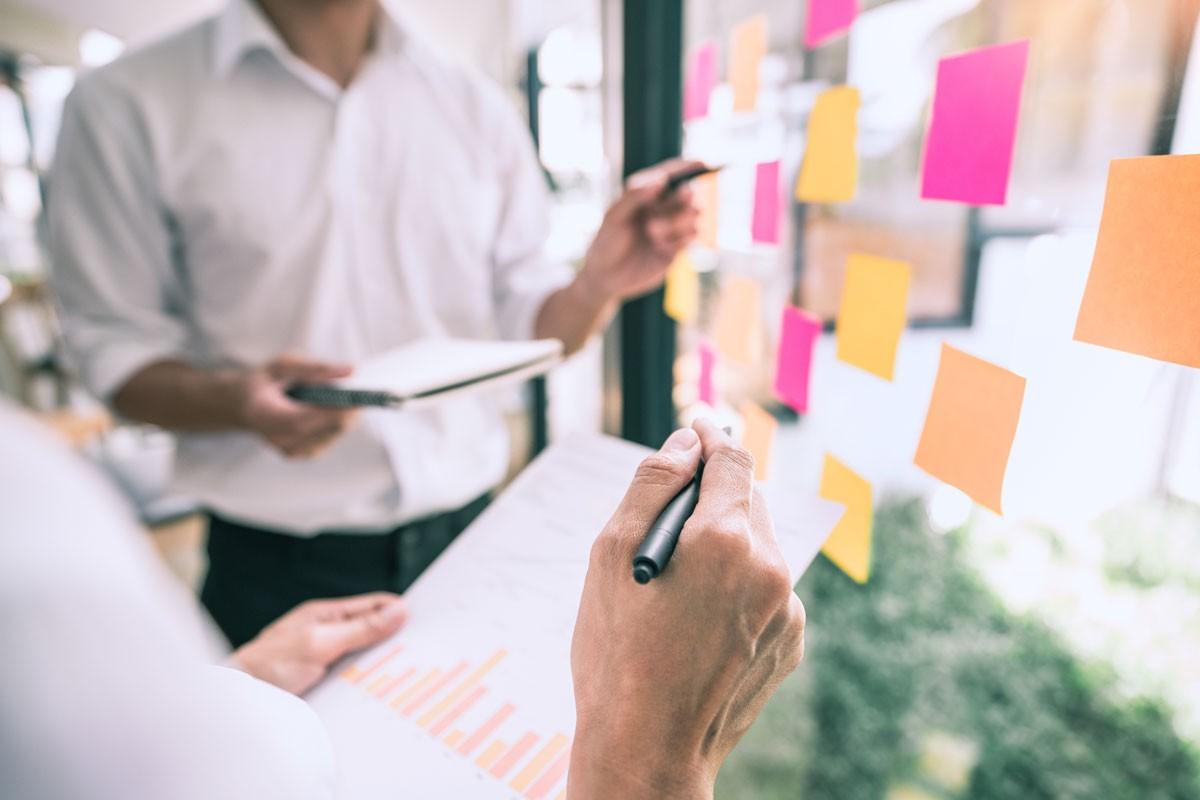3 wertvolle Tipps, wie Sie durch gute Arbeitsorganisation Leistungsspitzen abfedern
