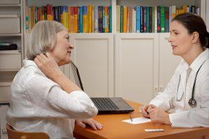 Leben mit Fibromyalgie - Symptome und Therapie