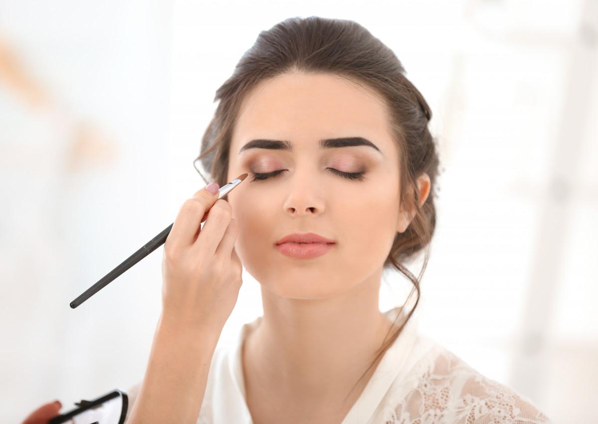 Grundlagen für das perfekte Augen-Make-Up