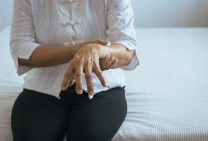 Wirkung und Einnahme des Medikament L-Dopa gegen Morbus Parkinson