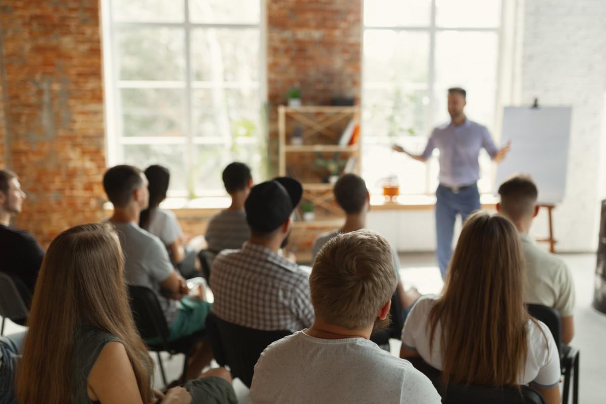Mit der 7-Minuten-Regel wird Ihre Präsentation in nur 5 Schritten ein voller Erfolg