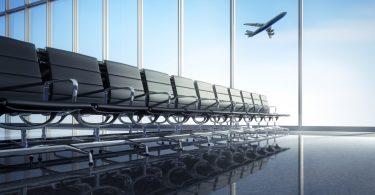 Günstig Flüge buchen: Last-Minute, Frühbucher oder vor Ort?