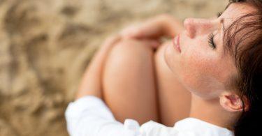 Diese 3 Gründe zeigen, wieso Sonnenbaden schädlich ist!