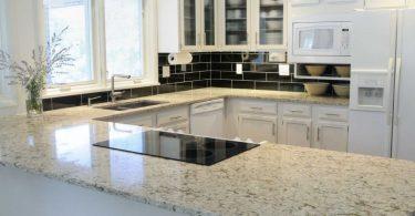 10 wichtige Fragen und Antworten rund um die Küchenarbeitsplatte