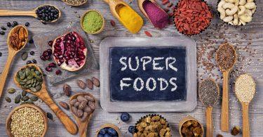 Die Lüge mit den Superfoods: So schädlich sind Chia, Acai und Co.