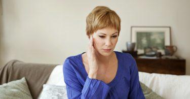 So behandeln Sie einen Tinnitus homöopathisch