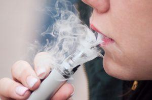 Mythos E-Zigarette – So schädlich ist das Dampfen wirklich