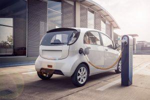 Elektroauto: Zustimmung zur Ladestation lässt sich nicht erzwingen