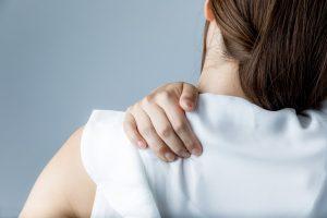 10 Ursachen von Schulterschmerzen