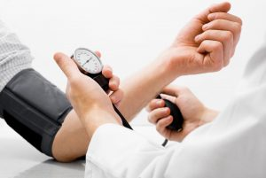 Bluthochdruck-Prophylaxe: Blutdruck messen – aber richtig!