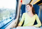 So kommen Sie entspannt am Ziel an: Reisetipps für Zug, Bus und Flieger