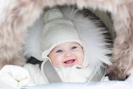 So ziehen Sie Ihr Baby im Winter richtig an