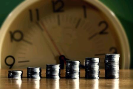 Verspätete Lohnzahlungen werden für Sie als Arbeitgeber jetzt richtig teuer