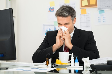 Wann Ihr Mitarbeiter Ihnen sagen muss, warum er krank ist