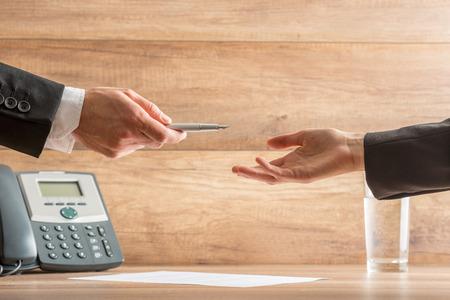 Das sollten Sie bei Ihrem Arbeitsvertrag beachten