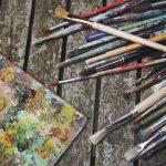 Die 10 wichtigsten Utensilien für das Malen mit Ölfarbe