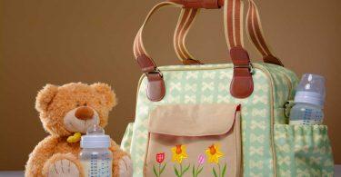 Checkliste Wickeltasche – Das gehört hinein