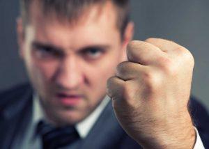"""""""Ich stech dich ab!"""" - fristlose Kündigung gerechtfertigt"""