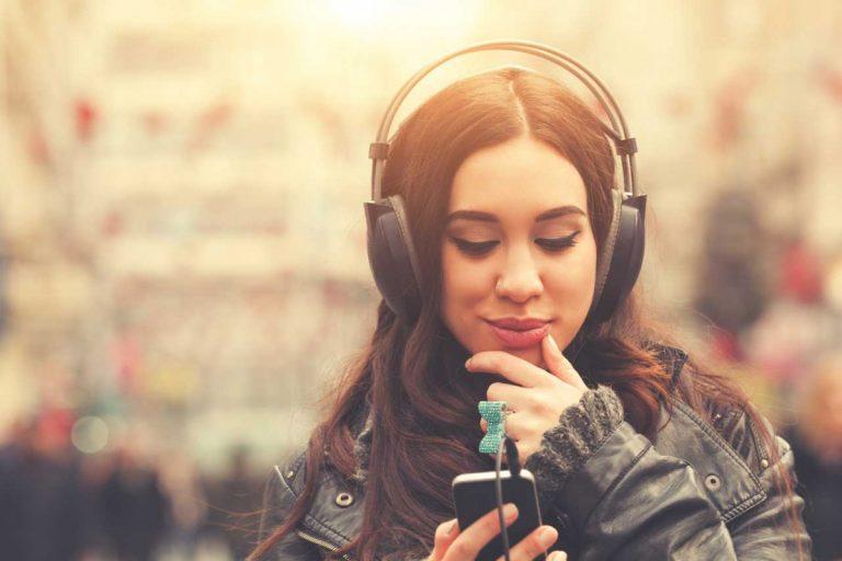 Diese App findet Texte zu Musik auf Ihrem Smartphone