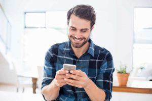 Phone/iPad: So einfach setzen Sie in jeder App Textbausteine ein
