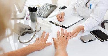 Behandlung von Arthrose: Schmerz- und Bewegungstherapie
