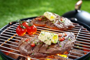 Leckere Grillbutter – 3 einfache Ideen zum Selbermachen