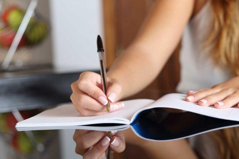 3 Tipps für Ihre Texte: Mit Kombiwort Augen zwinkernde Sprachspiele schaffen