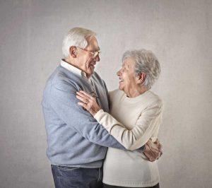 Länger leben dank der Ehe: Blutdrucksenker Heiraten