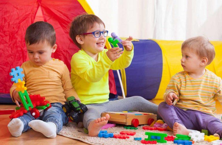 Warum Spielen wichtig für die geistige Entwicklung Ihres Kindes ist