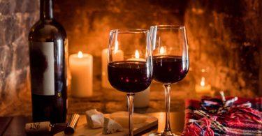 Servieren Sie zu jedem Festtaggericht den passenden Wein
