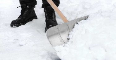 Winterdienst in der WEG: Nehmen Sie Ihre Pflichten nicht auf die leichte Schulter!