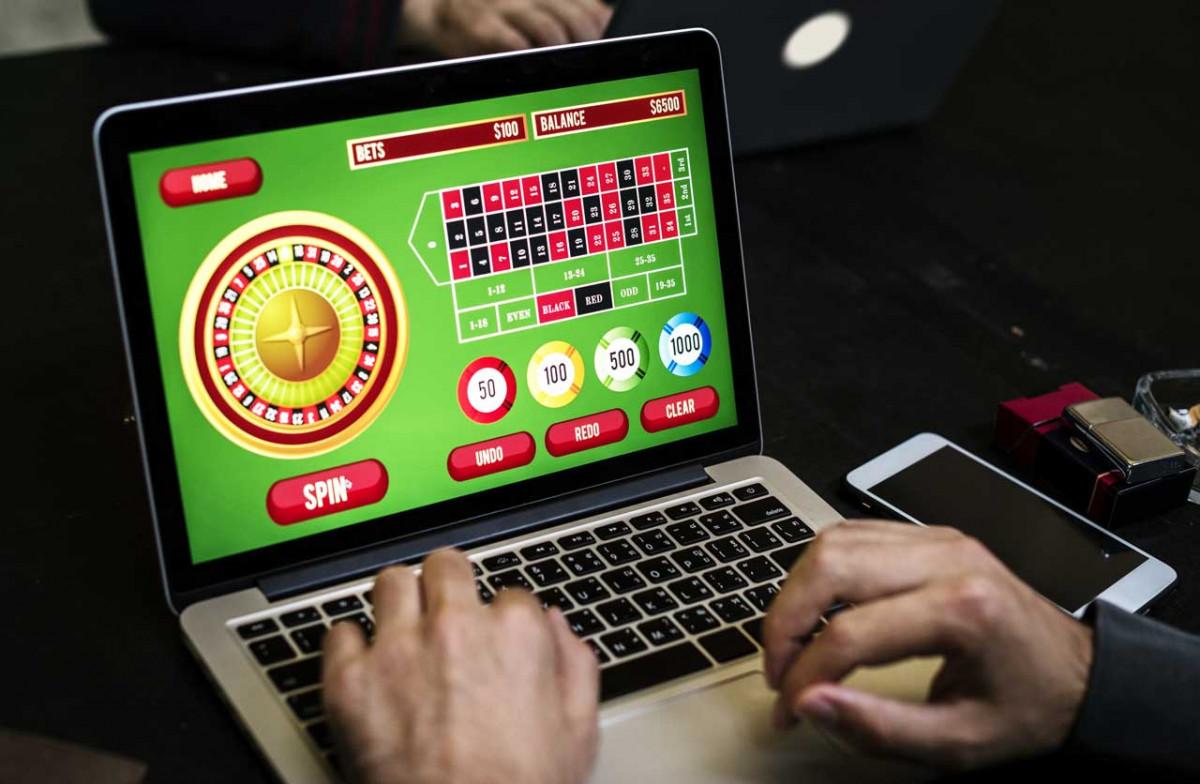 Zocken im Netz: Die bunte Welt der Online Spiele birgt auch Gefahren