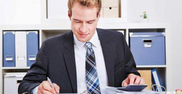 So prüfen Verwaltungsbeirat und Wohnungseigentümer ihre Jahresabrechnung