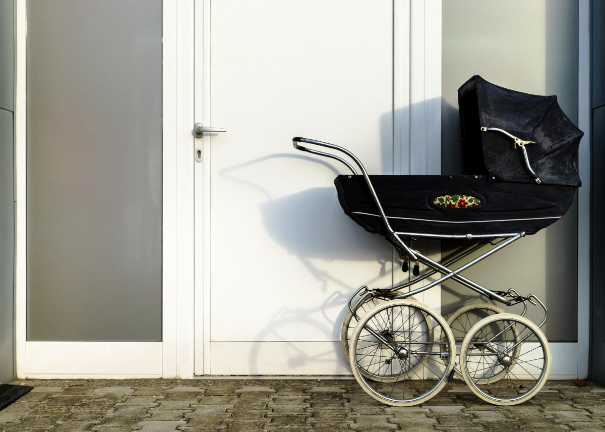 Alltag im Mietgebäude: Das Abstellen des Kinderwagens im Flur ist jetzt zulässig!