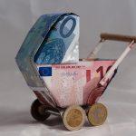 Kindergeld und was Eltern bei der Steuer absetzen können