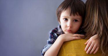 So helfen Sie, wenn Kinder Angst haben