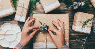 Wie Sie das ökologische Bewusstsein Ihres Kindes mit alternativen Geschenkverpackungen stärken
