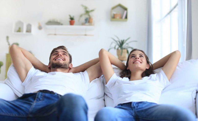 die erste eigene wohnung einrichten 3 tipps f r den start in die eigenen vier w nde. Black Bedroom Furniture Sets. Home Design Ideas