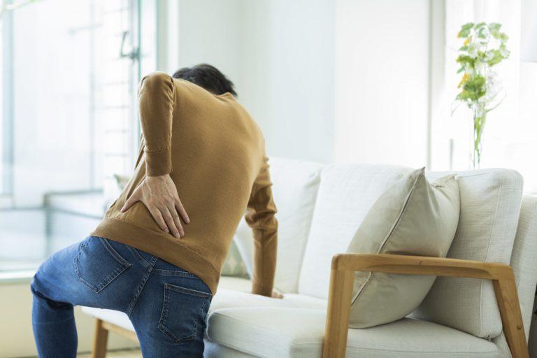 Hexenschuss vermeiden: Beinarbeit für eine gesunde Wirbelsäule