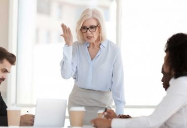 Mitarbeitergespräch: So vermeiden Sie Zoff mit dem Chef!