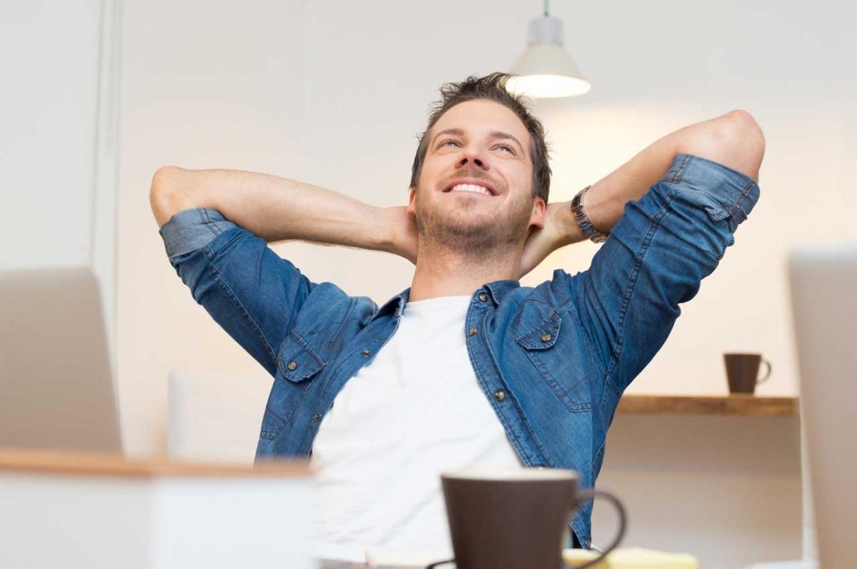 Kurze Stresstherapie für zwischendurch im Büro