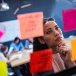 Arbeitstypen im Büro: Der Neugierige