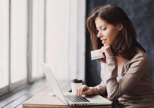 Die Vor- und Nachteile verschiedener Kreditvarianten – welcher Kredit verspricht die niedrigsten Kosten?