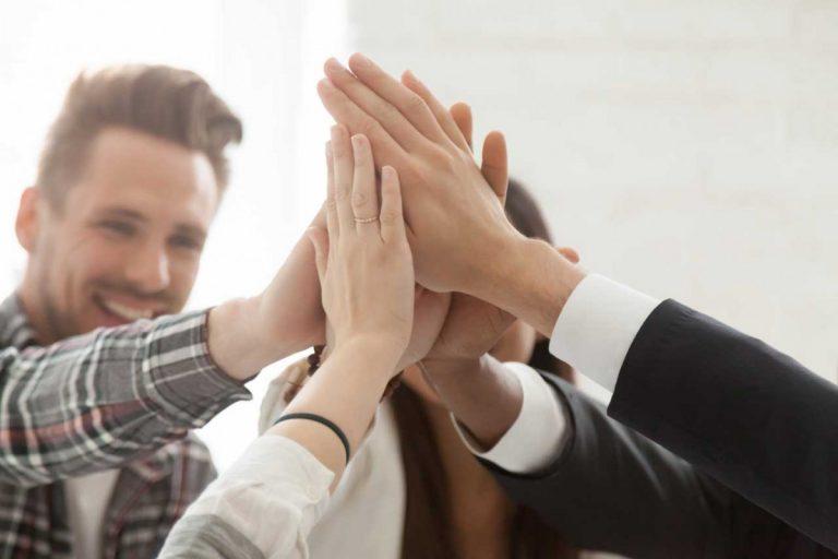 Mitarbeiterführung: Wie Sie ein leistungsstarkes Team aufbauen