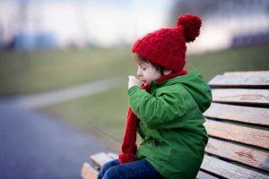 Husten von Kindern mit Antimonium tartaricum behandeln