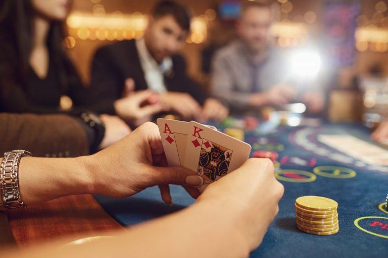 Einen Nebenverdienst mit Glücksspiel erzielen