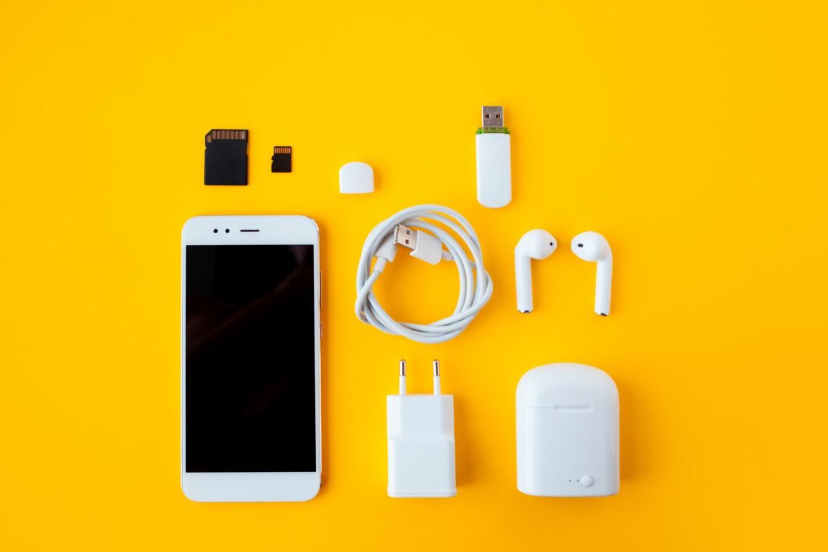 Smartphone-Zubehör: 5 nützliche Essentials rund um den wichtigsten Alltagsbegleiter