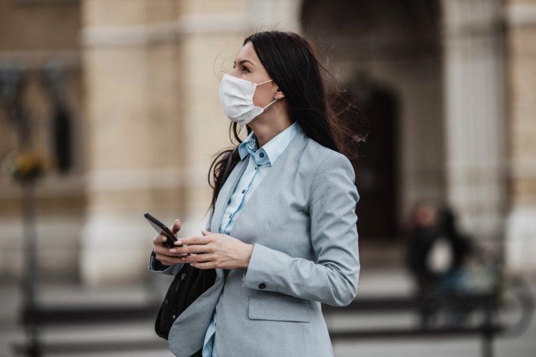 Bedruckte Masken zur Steigerung der Corporate Identity